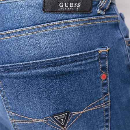 SZORTY GUESS JEANS SONNY REGULAR FIT M82D01 D32W1