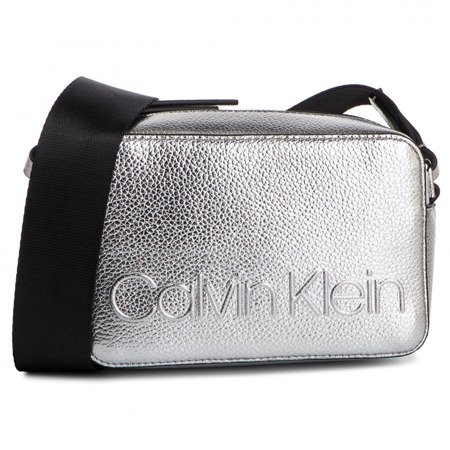 Torebka CALVIN KLEIN Edged Camera Met K60K605277